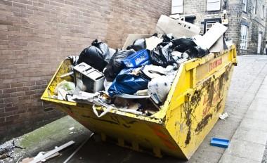 Изхвърляне на стройтелни отпадъци Варна.